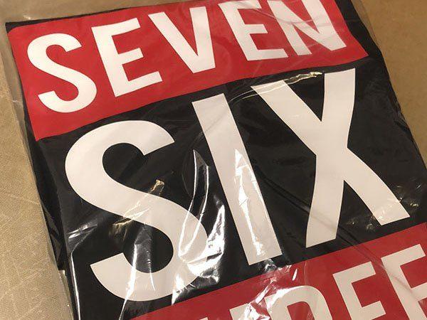 Tshirts 2-farbig bedruckt und eingepackt